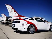 Thunderbird Edition Mustang (2)