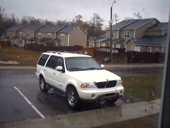 2000 Lincoln Navigator.  It was a sweet ride with the 20's and all lol,  but definitely not a mustang.