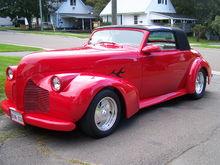Garage - my 1940 Pontiac streetrod