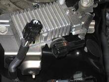 Fuel pump resistor disconnected close up