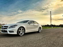 Diamond White Mercedes Benz CLS350 (C218) From Indonesia