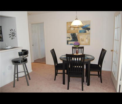Allerton Place Apartments Hours