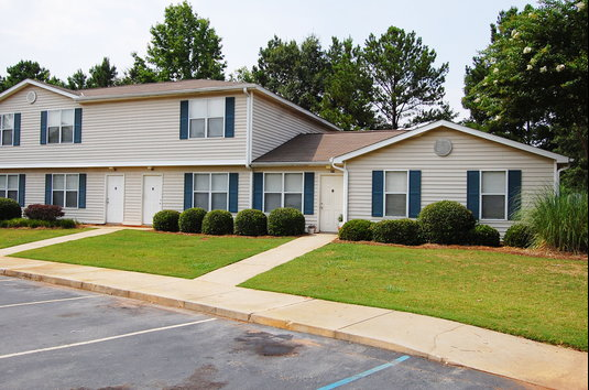 Pine Hill Apartments Griffin Ga