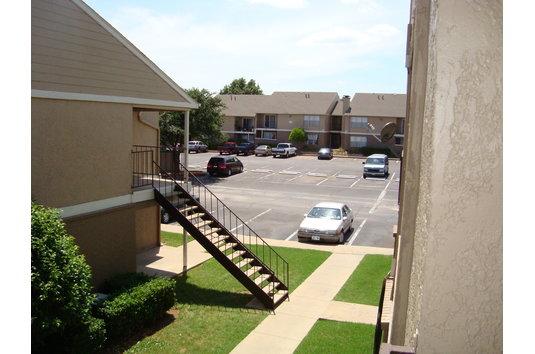 Valley Oaks Apartments Hurst Tx
