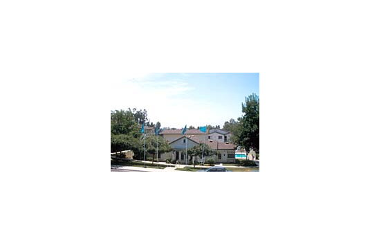 Fallbrook Hills Apartments Reviews