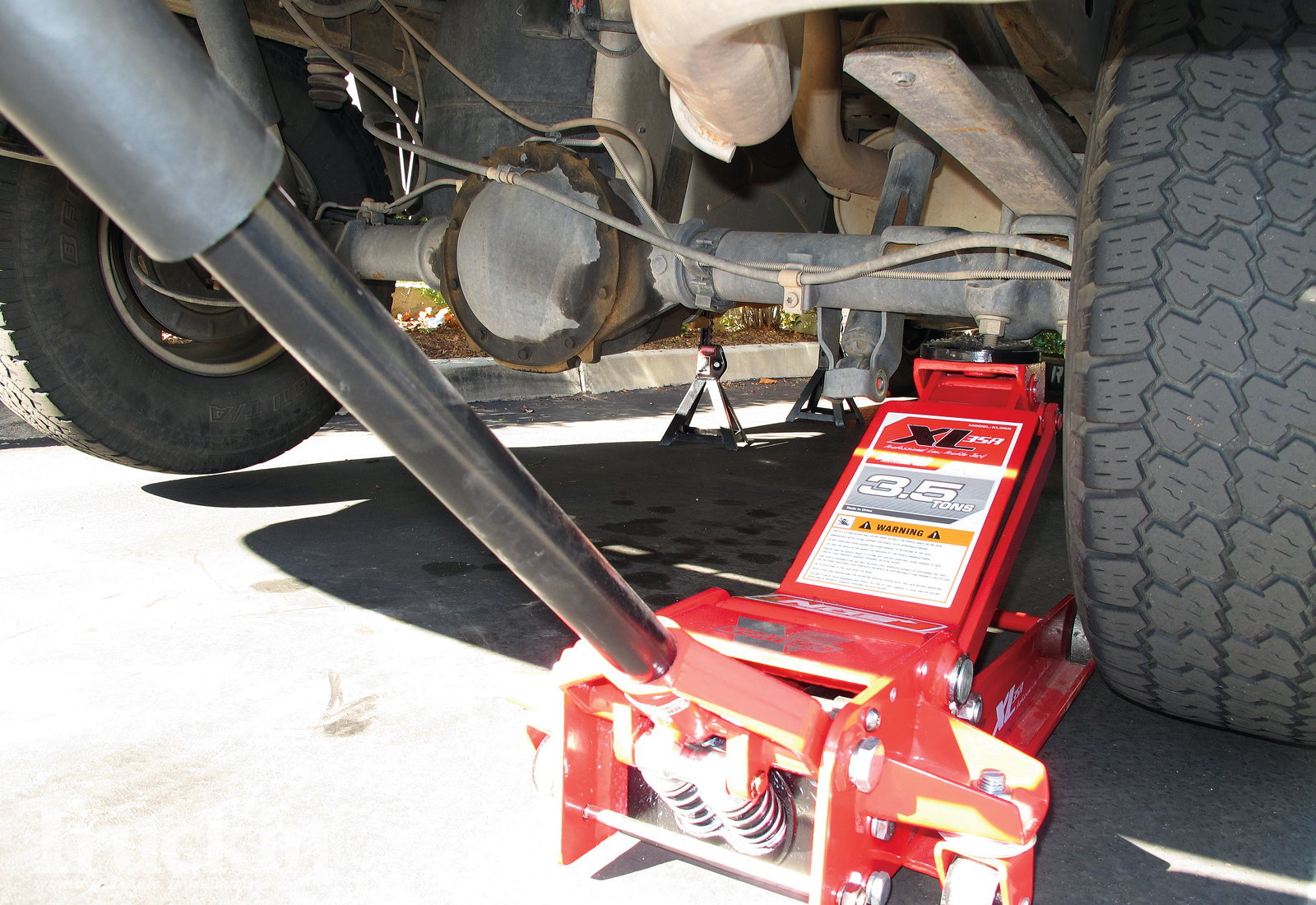 Index3 moreover Ford F150 F250 How To Install A Tow Hook 357074 together with 1372658 2011 F 150 Problem Wiring Up Aftermarket Stereo No Power To Unit furthermore Watch likewise Question 33778. on 2011 f250 wiring diagram
