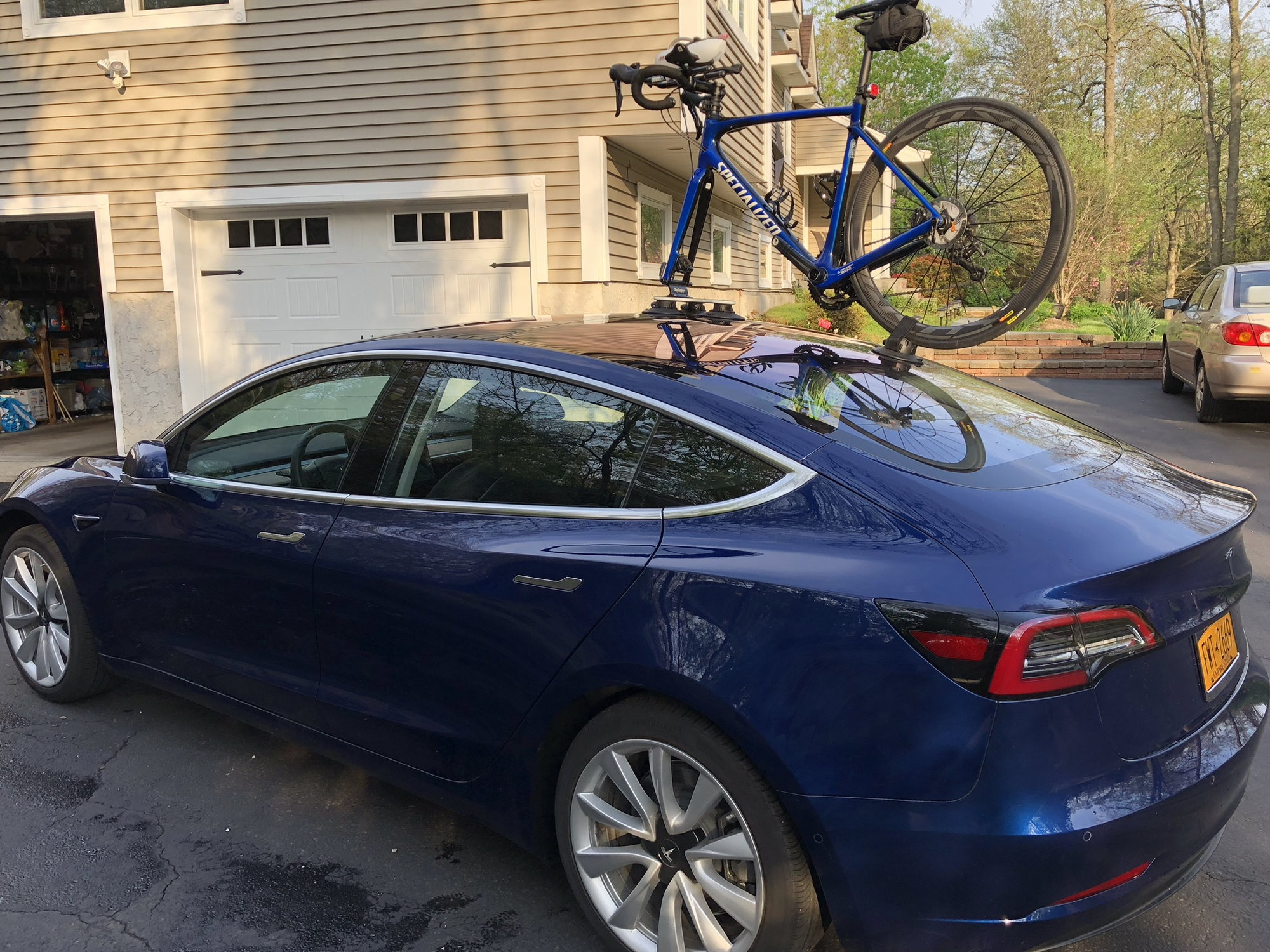 SeaSucker cracked Tesla Model 3 rear glass - Page 2 - Bike