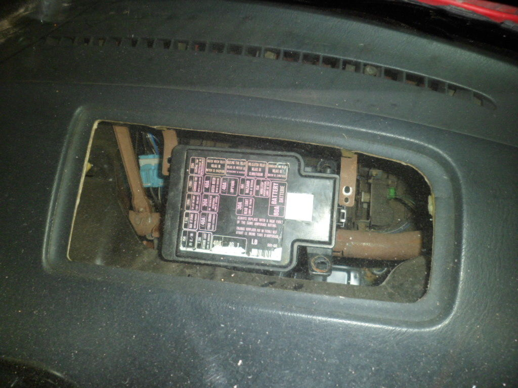 80 sam_0457_zpsac0153a2_d85ec41b0905572289f08c0f090b82d2a0289717 wire tuck under dash fuze box w heater retained? honda tech civic fuse box relocation at pacquiaovsvargaslive.co