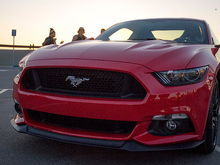 131205FordMustangFront1