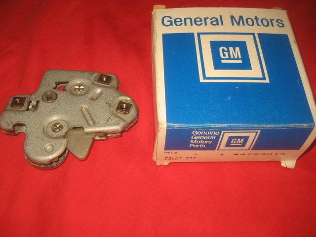 NOS 1964-1972 Pontiac GTO Trunk Latch