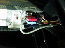 This is the back of the radio unit, the red plug disappears into the dash, the blue plug goes to the cd player....well it fits the socket but is it correct??