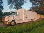 95 Volvo one peice hauler