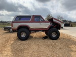 "1983 FORD BRONCO XLT - CUSTOM LIFTED SHOW TRUCK 44"" TIR"