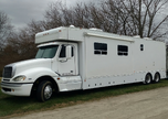 Toterhome - 2007 Haulmark 33'  for sale $130,000