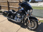 2010 Harley Davidson Road King with low miles 3900.  for sale $11,500