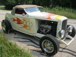 1932 Ford Highboy Roadster with removable top