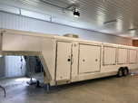2005 Featherlite 4940  for sale $25,000