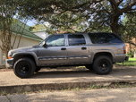 2001 Chevrolet Suburban 2500  for sale $1