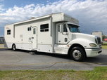2006 HAULMARK 40' MOTORHOME- TRADE YOUR RENEGADE! for Sale