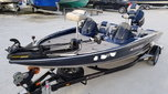 2007 Stratos 275XL Bass Boat  for sale $2,300