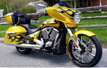 2014 Victory Cross Country with low miles 2800  for sale $12,900