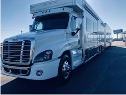 2021 Cascadia 5150 Dual Slide Coach & Trailer