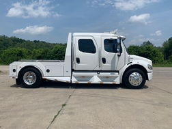 2005 FREIGHTLINER M2-106 SPORTCHASSIS