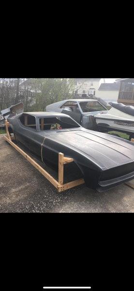 1971 MACH ONE FIBERGLASS CAR BODY  for Sale $2,900