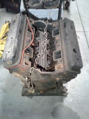 GM 10243880 Small Block Chevy 4 Bolt Main Vortec Engine 1023