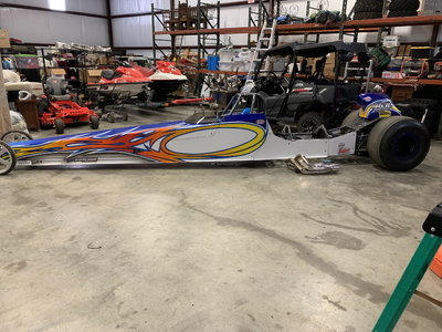2011 TNT Dragster