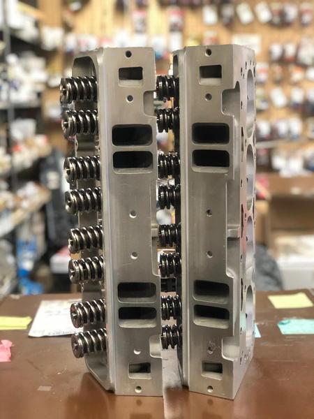 Dart Pro 1 215 Small Block Chevrolet Aluminum Heads freshene  for Sale $2,500