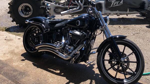 2015 Harley Davidson Breakout  for Sale $13,850