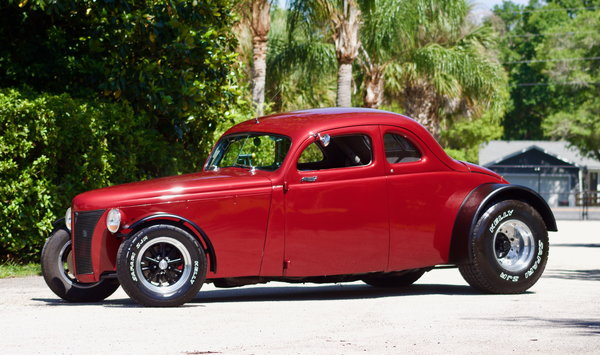 1940 Ford Coupe Deluxe / ALL STEEL Resto-Mod! 8.2L Chevrolet