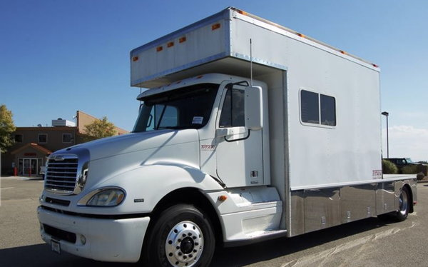 08 Freightliner 14' Titan Toter 07 42' 5150 3 Ca  for Sale $149,990