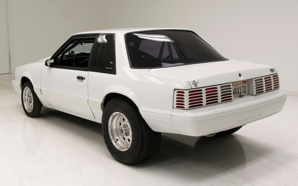 1992 Ford Mustang LX  for Sale $28,900