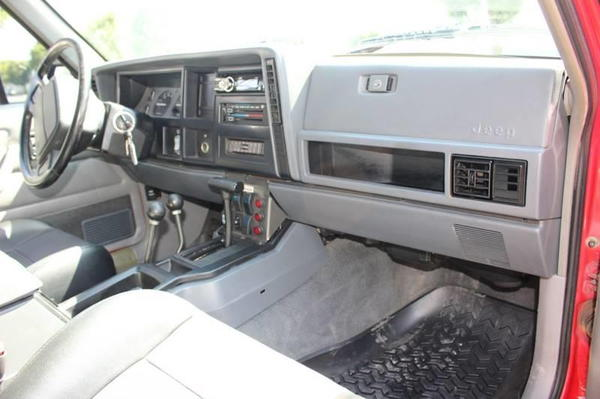 1996 Jeep Cherokee Sport 4dr 4WD SUV  for Sale $32,900