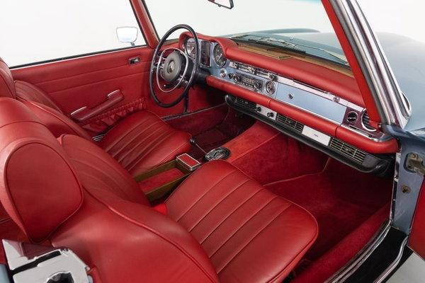 1970 Mercedes-Benz 280SL  for Sale $109,995