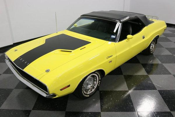1970 Dodge Challenger R/T  for Sale $65,995