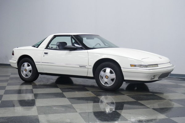 1990 Buick Reatta  for Sale $10,995