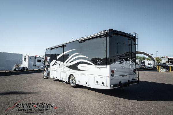 2021 NeXus RV Wraith Super 33W