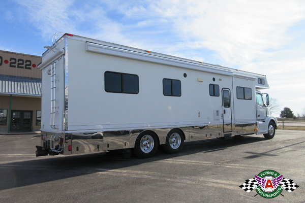 2008 Renegade Motorhome on Volvo Chassis