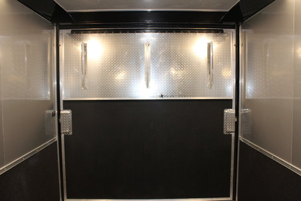 Last One at this Price!48' Millennium Auto Master w/Bathroom