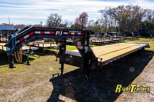 2021 8.5x40 PJ Gooseneck Equipment Trailer
