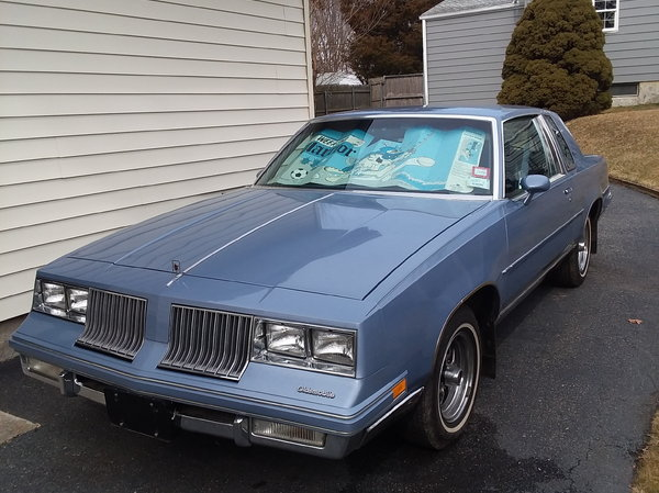 1984 Oldsmobile Cutlass Supreme for sale in smithtown, NY, Price: $14,000