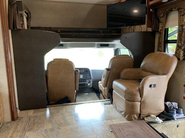 2014 Jayco Seneca 37RB  for Sale $136,000