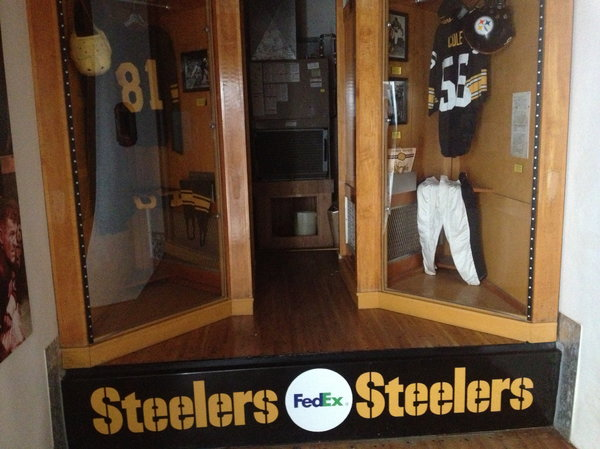 Pittsburgh Steelers Traveling Great Hall trail  for Sale $60,000