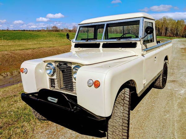 1967 LAND ROVER IIA  for Sale $34,900