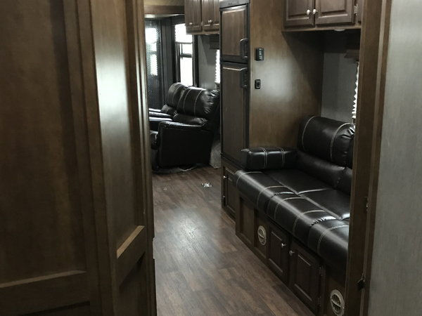 2019 Sundowner Trailers 8.5X39 Toy Hauler