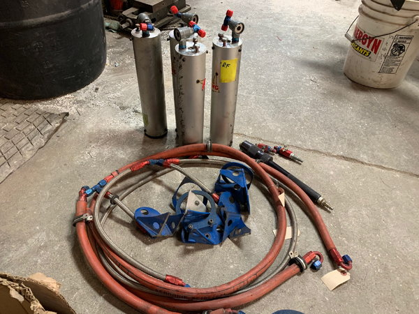 Air Jack System For Sale  for Sale $1,500