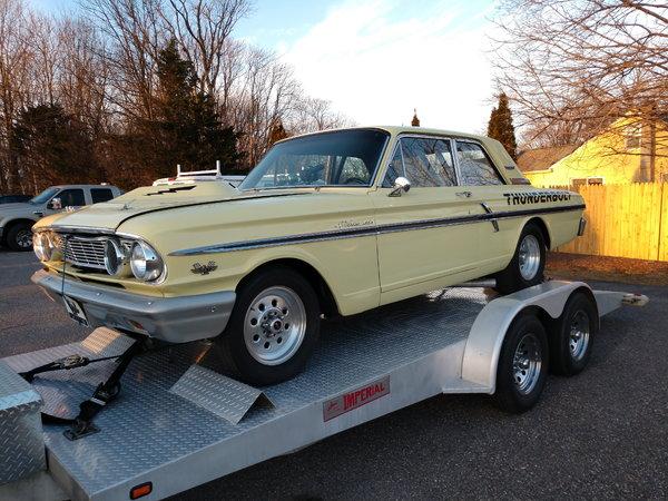 1964 Ford Fairlane Thunderbolt Street – Fondos de Pantalla